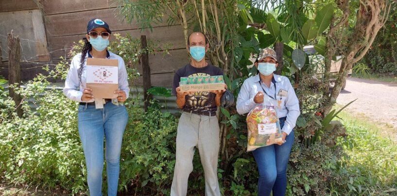 SOSEP por medio de Mis Años dorados, realiza su Octava entrega de insumos de alimentos y kits de manualidad, mascarillas y jugos donados por Gobernador Departamental a 32 beneficiarios de este centro