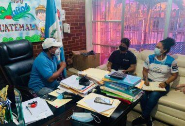 Lic. Héctor Anibal Chávez, Jefe Administrativo de Gobernación y Presidente del CONDEDER Izabal, tuvo reunión Ordinaria de CONDEDER con la finalidad de poder coordinar acciones para promover la cultura Física y el deporte en el Departamento de Izabal