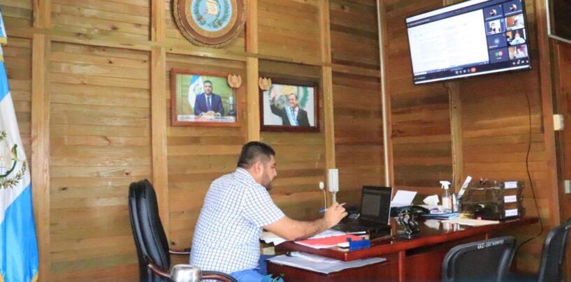 El Sr. Gobernador Departamental de Izabal el Lic. Héctor Alarcón, sostuvo reunión virtual Ordinaria de CODESAN