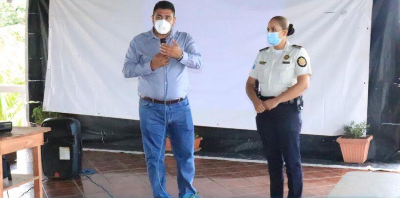 El Sr. Gobernador Departamental de Izabal, Lic. Héctor Alarcón, sostuvo reunión de COE Departamental para darle seguimiento a las acciones relacionadas al control de la pandemia COVID-19