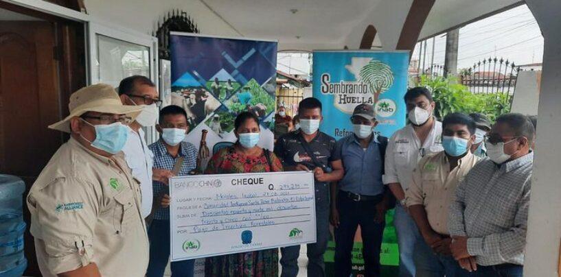 Realizan entrega simbólica de incentivos forestales #PROBOSQUE a los líderes indígenas del sur de El Estor, Izabal de las aldeas Santa Rosa Balandra, El Mirador y Chapín Arriba