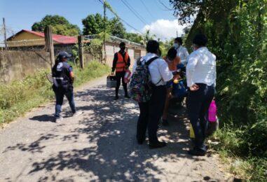 Jornada de vacunación casa a casa contra el COVID-19, se realizó en colonia Las Palmeras, por el Distrito de Salud de Santo Tomás de Castilla